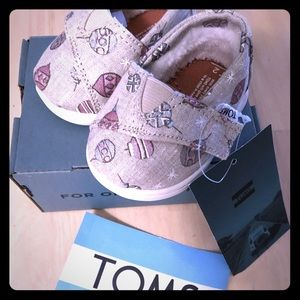 Tiny Ornament TOMS size 2